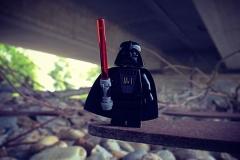 Darth Vader unter der Brücke