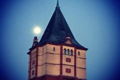 Wasserturm im Mondschein